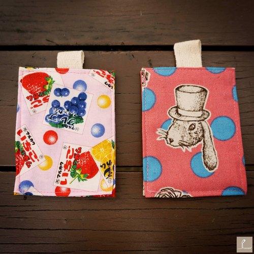 [ 怀旧口香糖盒 / 手绘兔 - 地铁卡包 ] cocoon 手制布包