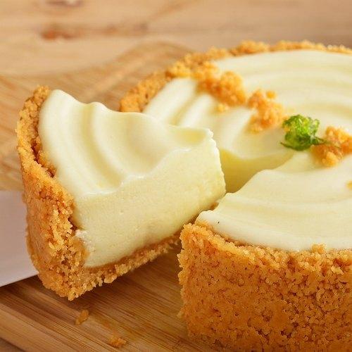 ❤純粹乳酪蛋糕6吋❤ 2016蘋果日報母親節蛋糕評比起士類NO.3 X冰淇淋般口感棉密,清爽具空氣感的乳酪蛋糕首選