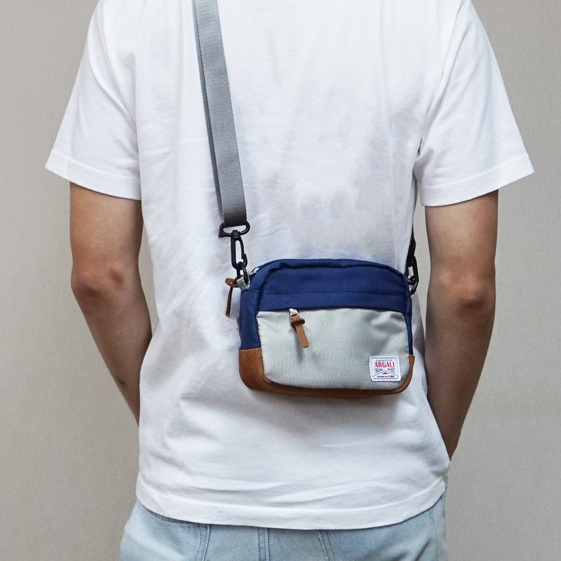 Argali Lynx Waist Bag NAVY x GREY