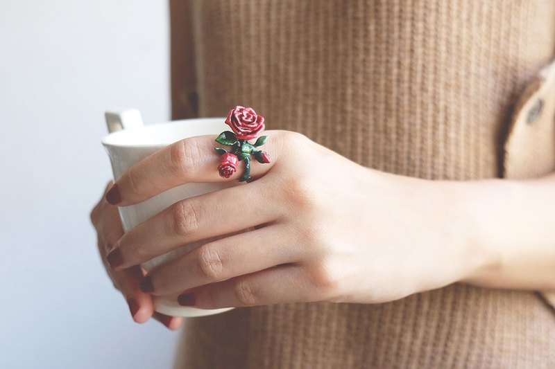 Rose Ring , Flower Ring , High quality enamel.