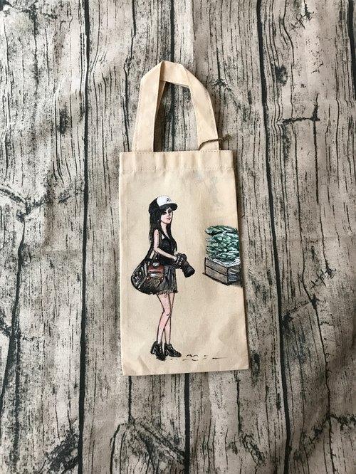 手绘 帆布 女孩 环保 饮料提袋 / 帆布饮料袋