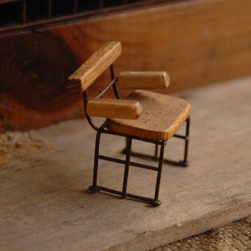 把手木椅-手工制作.铁.木/生日.情人礼.手作袖珍