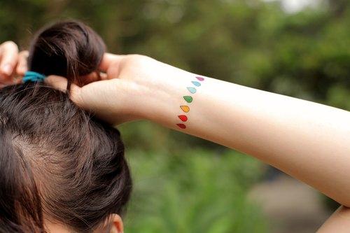 刺青 纹身贴纸 彩色 雨滴 水滴 彩虹