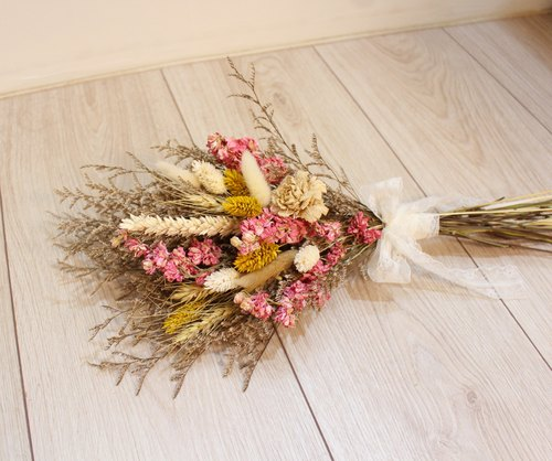 Flover芙拉設計 「漫步鄉間」乾燥捧花 乾燥花 長形捧花 新娘捧花 外拍
