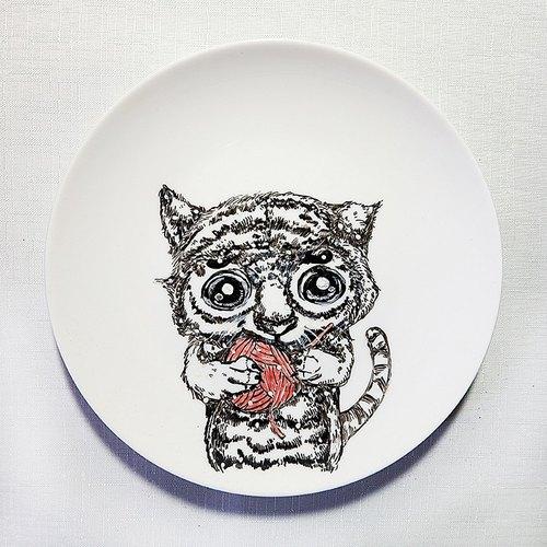 疗愈陶瓷手绘盘 - 小虎与毛线球