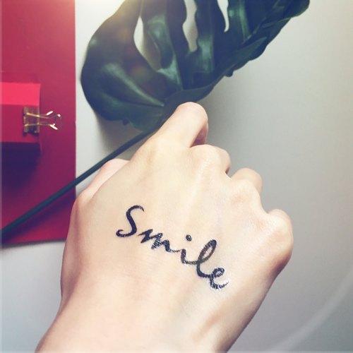 story of ink // 文字系列 微笑 smile 刺青 纹身贴纸