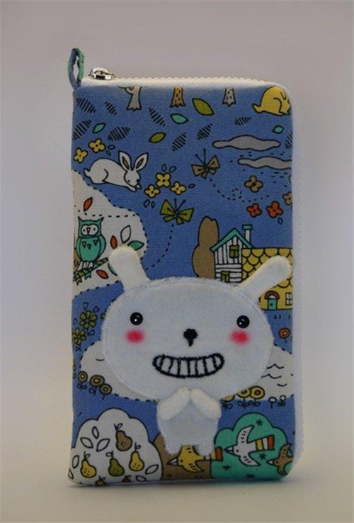 Bucute手機套/生日禮物/微笑布蘿兔/手工製作/交換禮物/手機的衣服