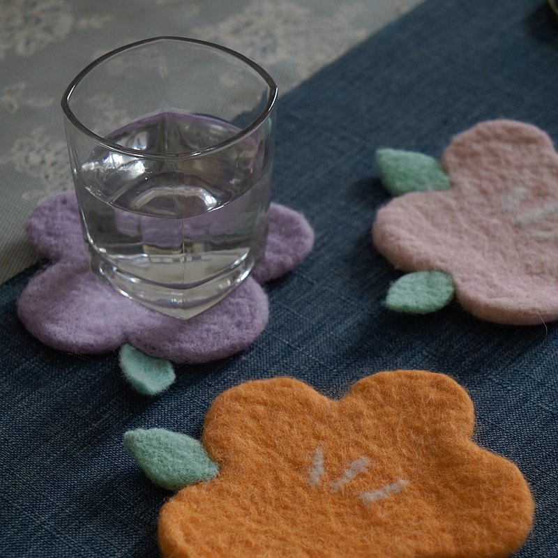 Ke artificial objects handmade wool felt flowers Japanese style ins wind creative coasters tea mats tea ware decoration ornaments gifts
