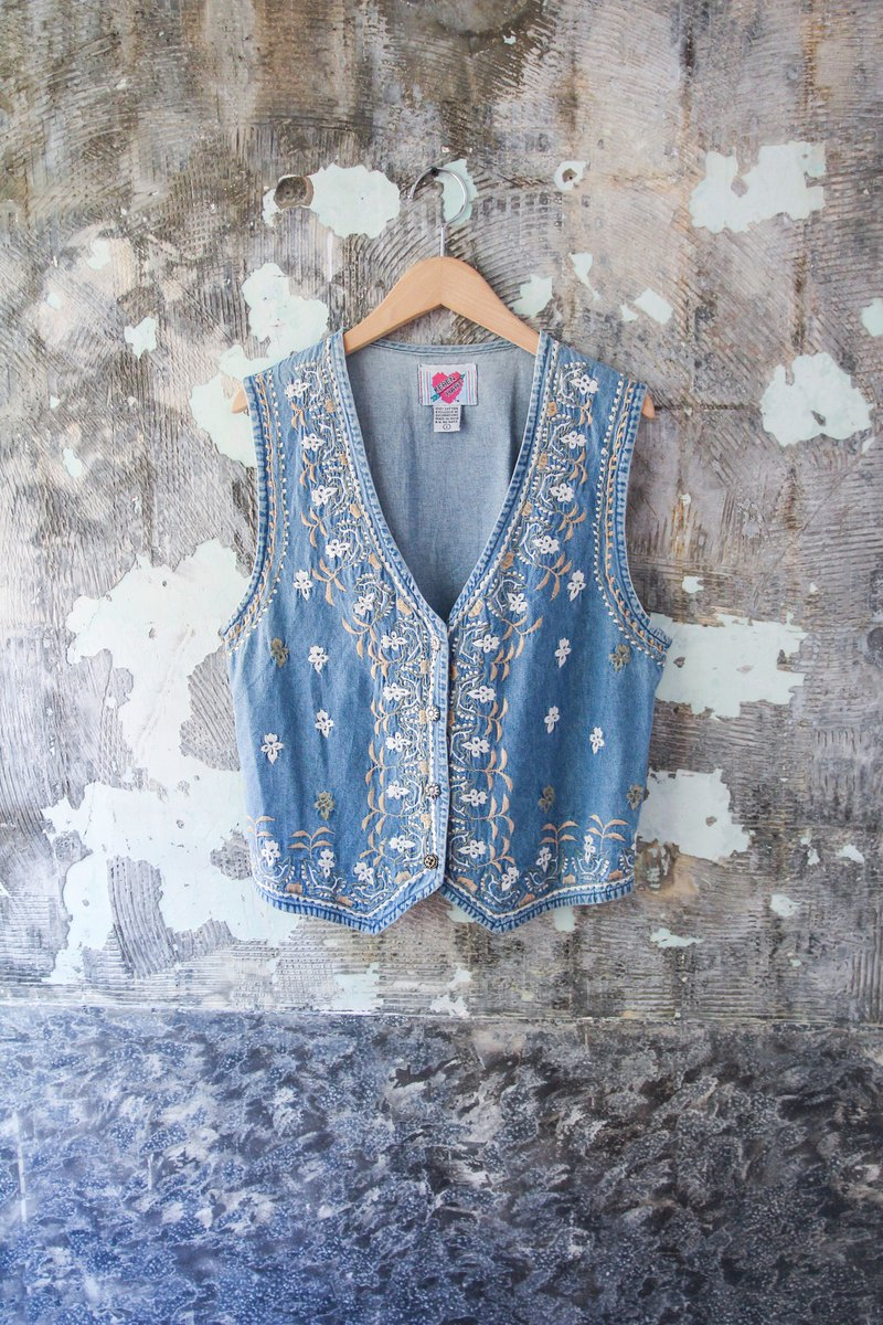 袅袅 department store -Vintage denim delicate flower embroidery vest retro