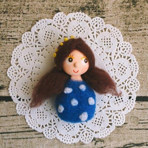 礼物人偶蓝色可爱女孩人偶娃娃羊毛毡超轻粘土纸黏土陶土胸针别针饰品