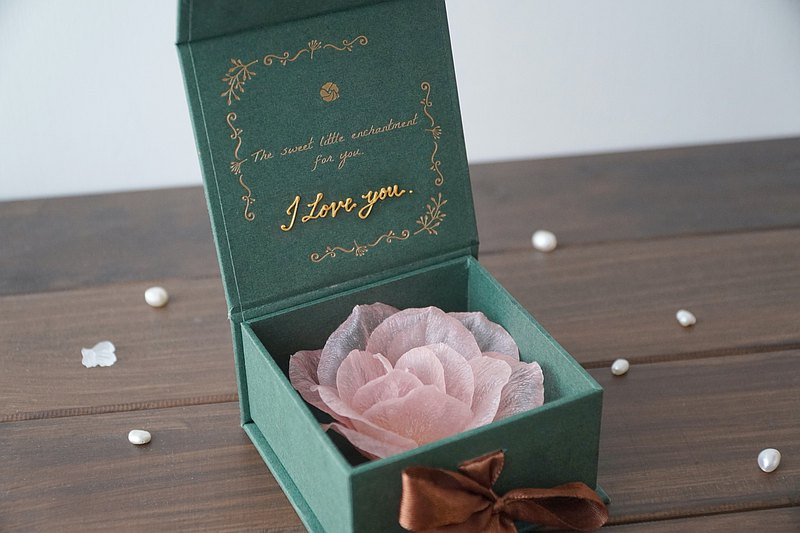 /Pre-order/ Valentine's Day Soft Resin Rose Brooch Gift Box (Custom wordings)