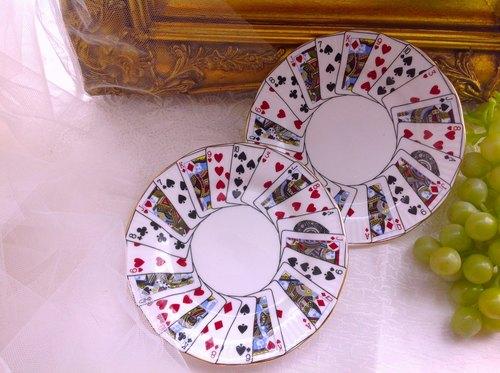 经典爱丽丝梦游仙乐境系列 扑克牌女王 士兵 古董手绘骨瓷点心盘 蛋糕