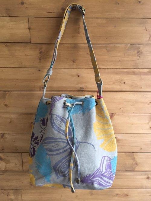 手工绢印水桶包