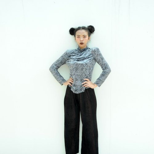 Vintage suede trousers wrinkle