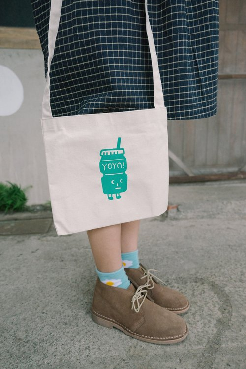 ⎢ :: YOYO reward Yakult :: ⎢ shoulder / hatchback small canvas bag