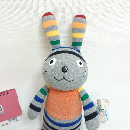 Wanzhu park _ _ healing of baby socks rabbit meow