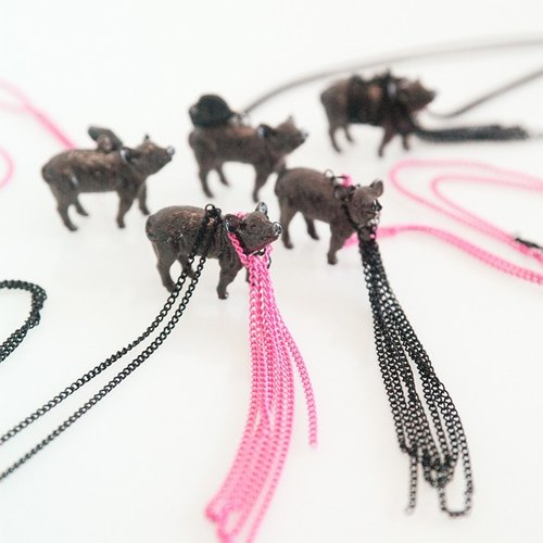Black Pig small animal series necklace