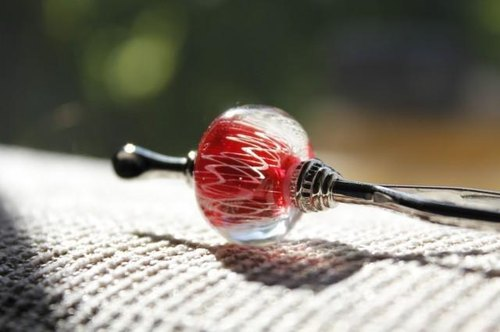 ~ Race ~ dragonfly ball of the hairpin (red)