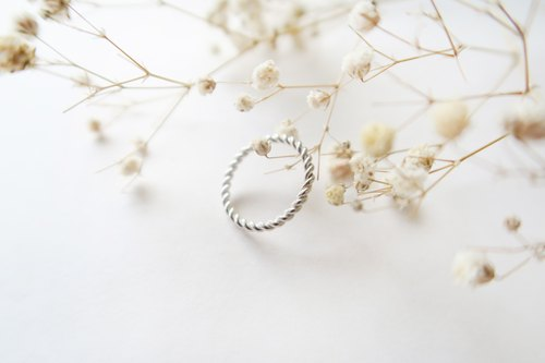 925 Silver Honey Twisted Ring
