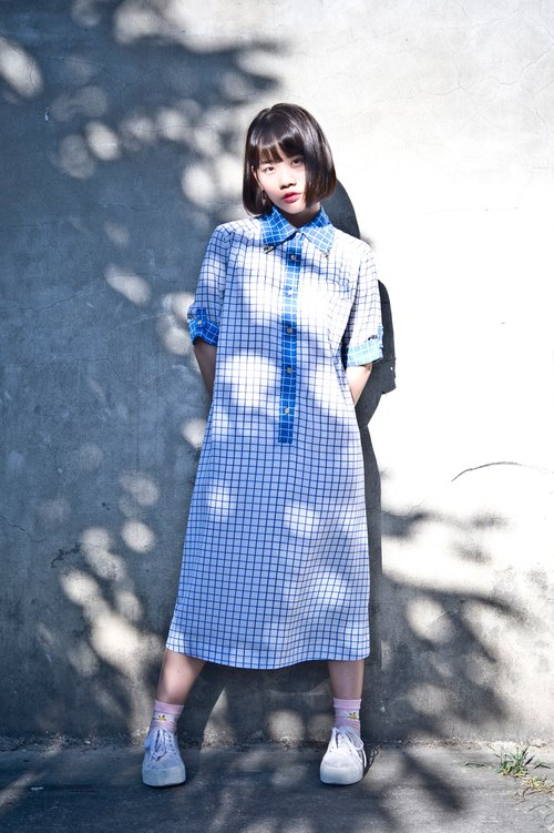 Vintage Summer Dress Japan-based design models refreshing blue and white squares wide and comfortable vintage dress
