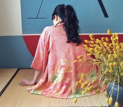 Ancient Cave firm │ perspective textured weave KIMONO│ vintage red Meisong Yu Showa kimono