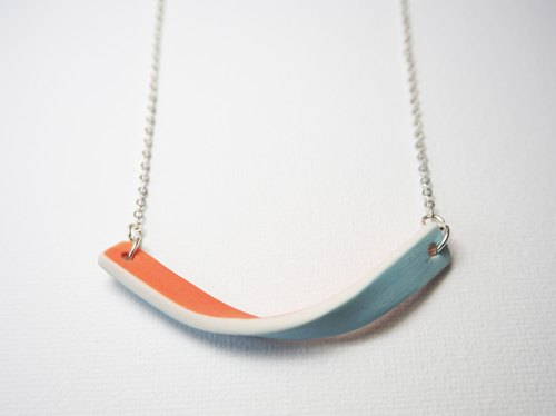 Ceramic necklace / pendant