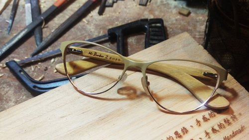 Taiwan handmade retro fashion glasses [MB2] action series exclusive patented touch technology Aesthetics artwork