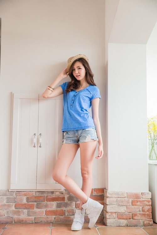 [Limitmax. Miller] Parental fashion stitching Slim cut reflexed sleeve Slub Tops - Sky Blue
