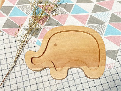 Logs for cute animal dishes - elephant models