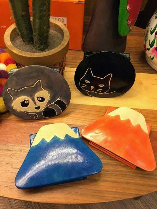 ☼ Cute Animals / Fuji Art snap purse ☼ (coral - Mount Fuji)