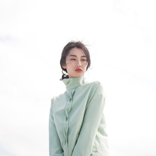 High down collar elegant green jacket