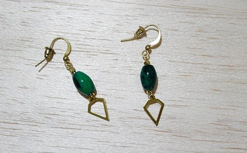 Brass natural stone * X * Green Dili - hook earrings