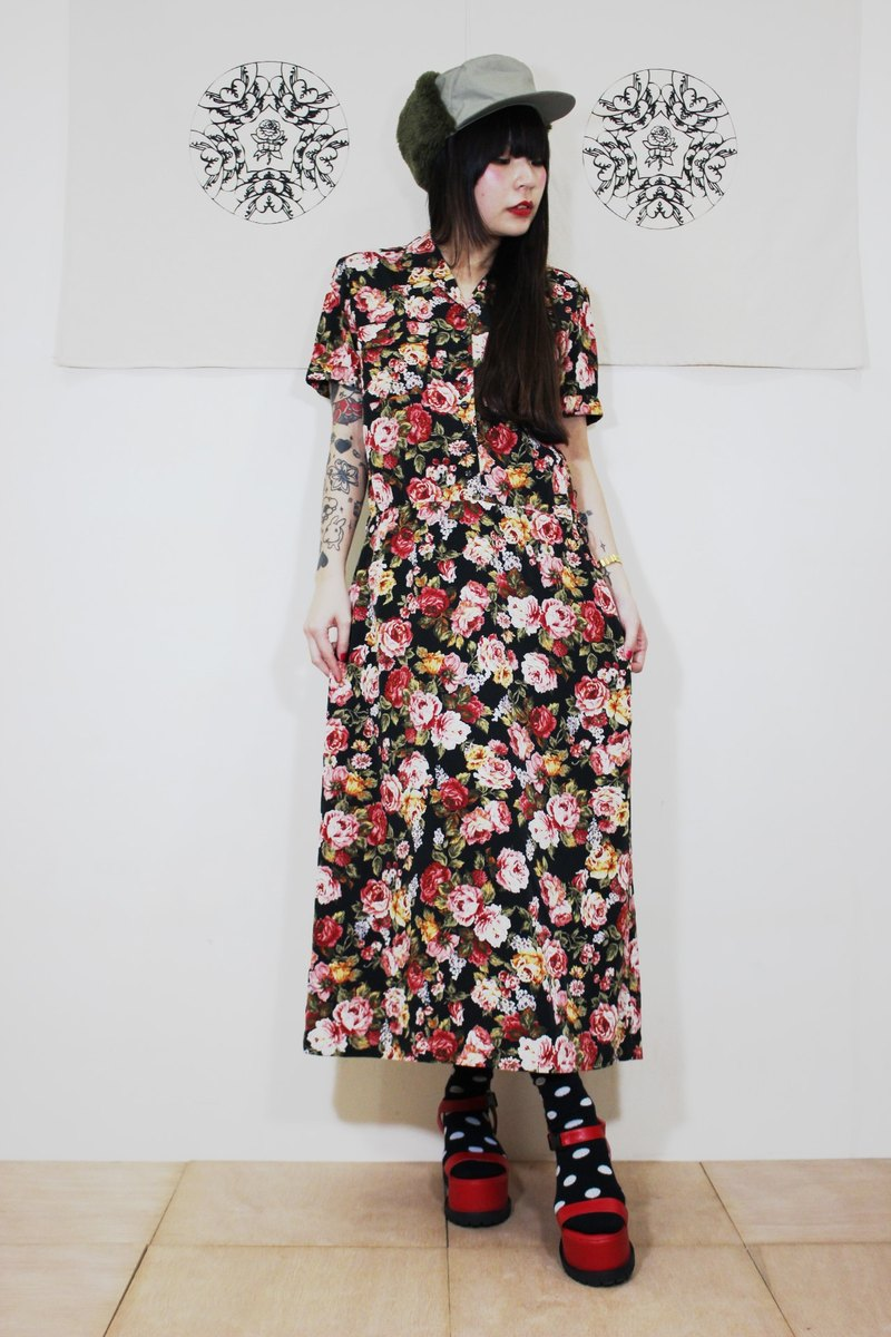 F2031 [Nippon in standard] (Vintage) Flowers short-sleeved black bottom vintage dress (Made in Japan)