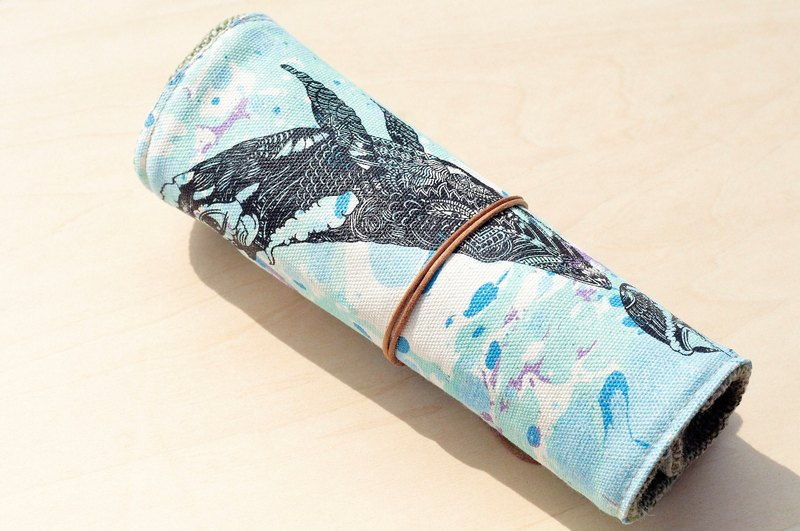Valentine's Day gift / feel Reel / spring rolls Pencil - water color pen house (dive into the water Whale) Leather double bar