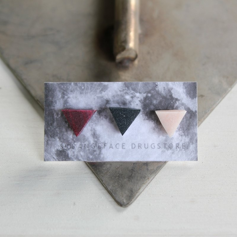 ▽ ▽ passion earrings small triangle