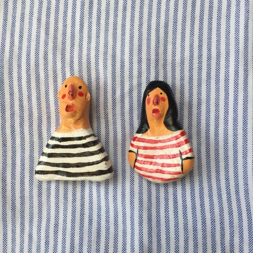 BOY & GIRL TEE STRIPES BROOCH