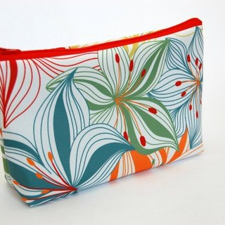 Casual-life hand-made fashion cosmetic bag / admission package
