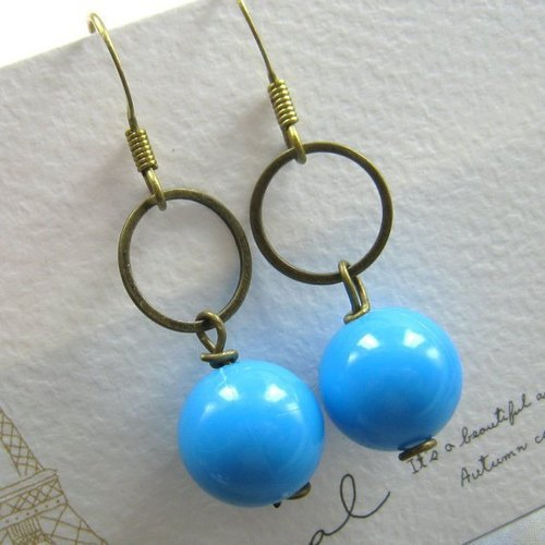 Simple bead earrings