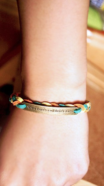 LIULIUYA there is a way [South Korea's efforts to GO !! velvet bracelet