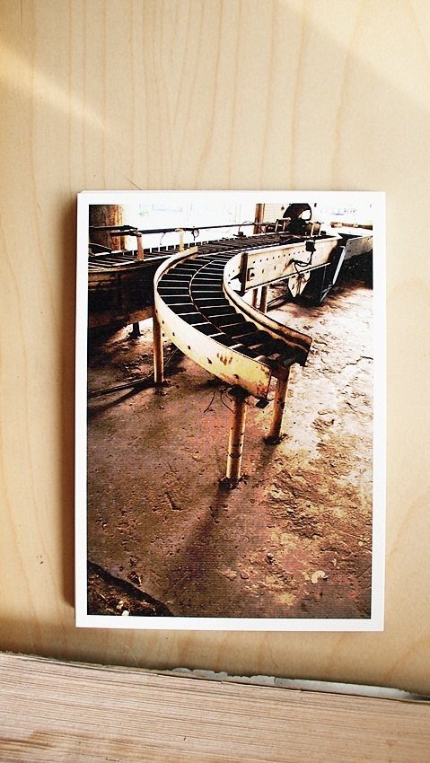 OldNew Lady- Photography Postcards Beer Machine [old] M10