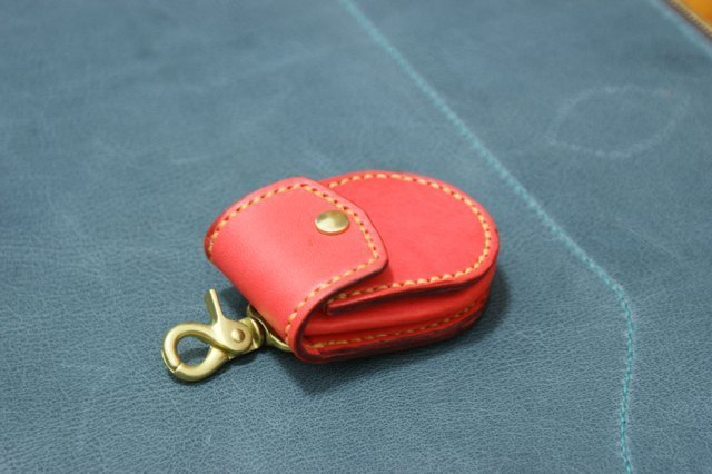 Coin Case with Key Ring Purse & key ring bun