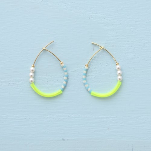 [ tears -yellow ] hoop pierce