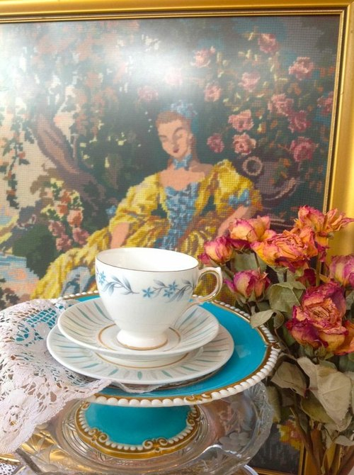 Anne ♥ ♥ vintage retro antique antiquities crazy British bone china cup elegant flower lake blue bone china, mugs three groups - Christmas gift