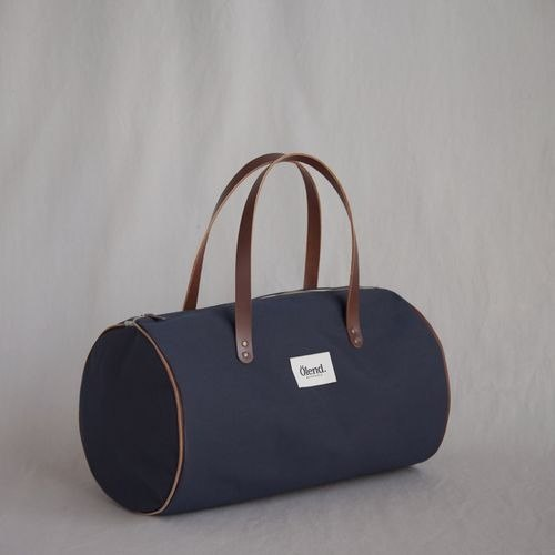 [100% handmade in Spain] Ölend Lupe Fabric| Leather |Zipper Barrel Bag (Navy)