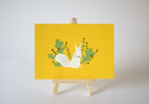[Horned forest] little ball of fur coniferous squirrel postcard (single)
