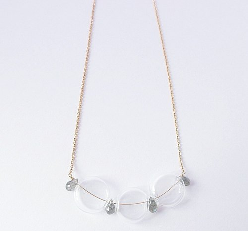 | Touch of moonlight | flat bubble blue labradorite package 14k gold necklace sense of space