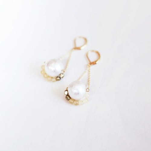 Pearl Stone Earrings albinia [Honey Stone]
