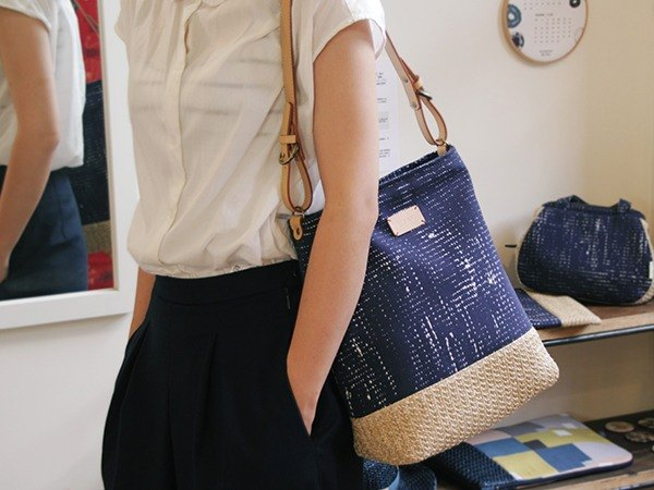 BUWU | Textured Shoulder Bag | sip green