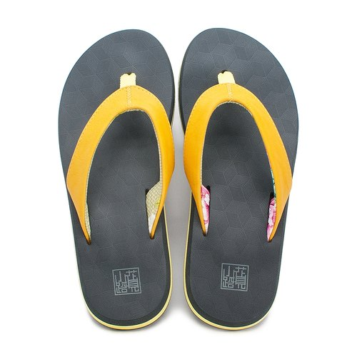 [Heavy day] yellow character drag / clip feet do not pain / comfortable elastic thick bottom / female (gift mysterious little gift) / rainy beach travel summer