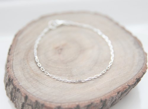 Fall Issue / minimalist / fine flashing silver 925 sterling silver bracelets (Chain style change, still width)